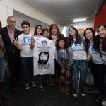 Avellaneda: La FES le entregó un presente a Cristina Fernández de Kirchner