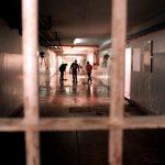 Cárceles: Torturas y hacinamiento