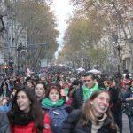 Con una multitud en las calles, El Senado definirá por la legalización del aborto