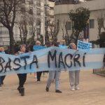 Jubilados y jubiladas realizaron una jornada de protesta en Plaza Alsina
