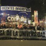 Docentes universitarios rechazaron la oferta salarial