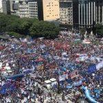 Imponente marcha de movimientos sociales en el centro porteño