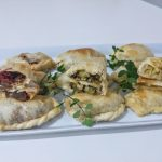 Variedad de empanaditas vegetarianas
